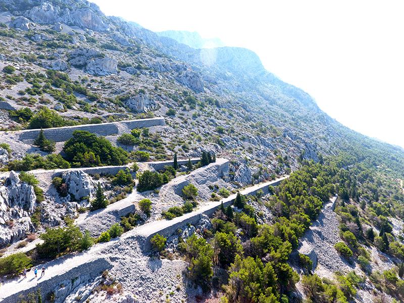 LokalnaHrvatska.hr Brela Otvorena poucna staza Francuska cesta